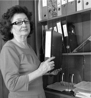 Общий стаж Ирины Степановны - 43 года. Из них 15 лет она проработала в Центре занятости населения