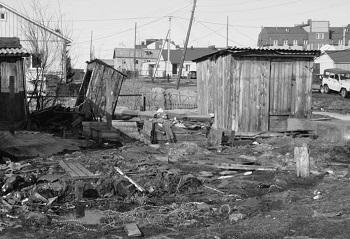 Такую картину можно наблюдать в центральной части села