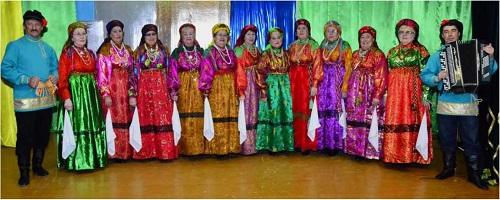 Народный хор из Мужей покорил жюри Международного конкурса не только яркими нарядами, но и своим мастерством